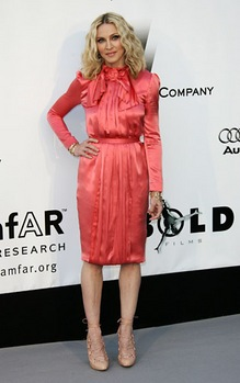 madonnaamfarstellamccartney-thumb.jpg