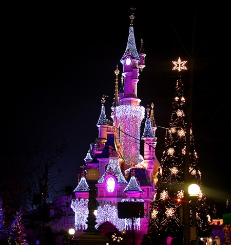 Christmas disneyland paris1  2